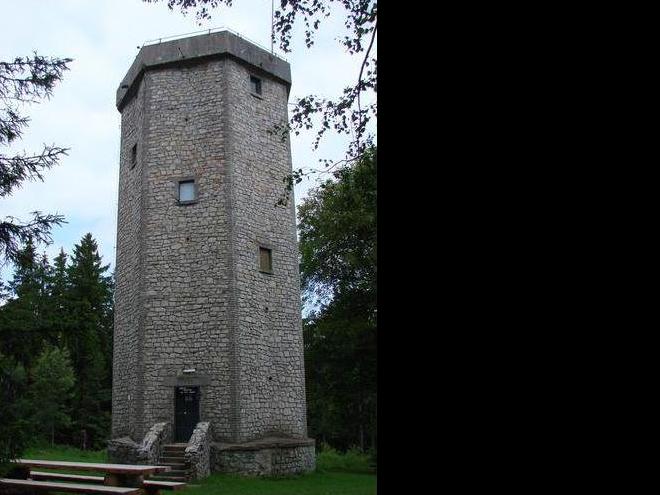 Věž na Studeném vrchu